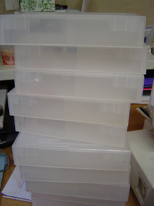 plasticboxes_01
